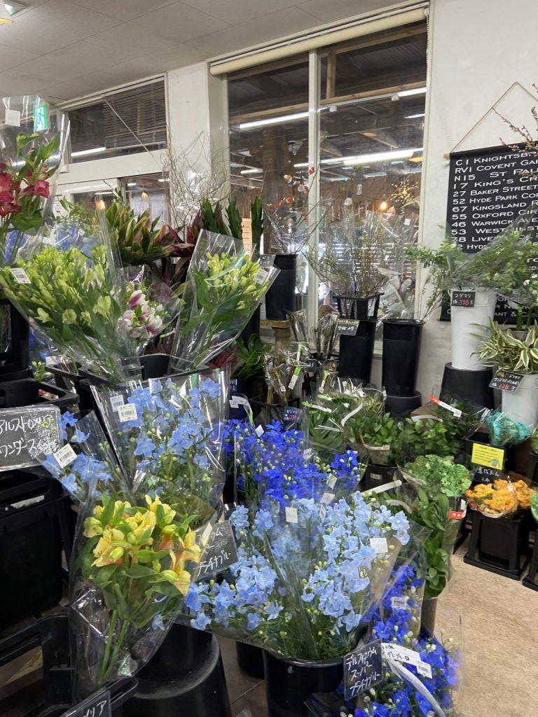 豊橋ガーデンガーデンの切り花コーナー